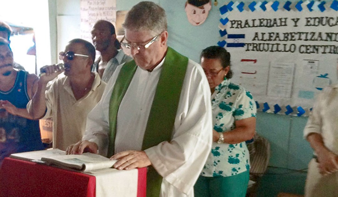 Entrevista a Mons. Luis Solé, obispo paúl de la diócesis de Trujillo (Honduras)