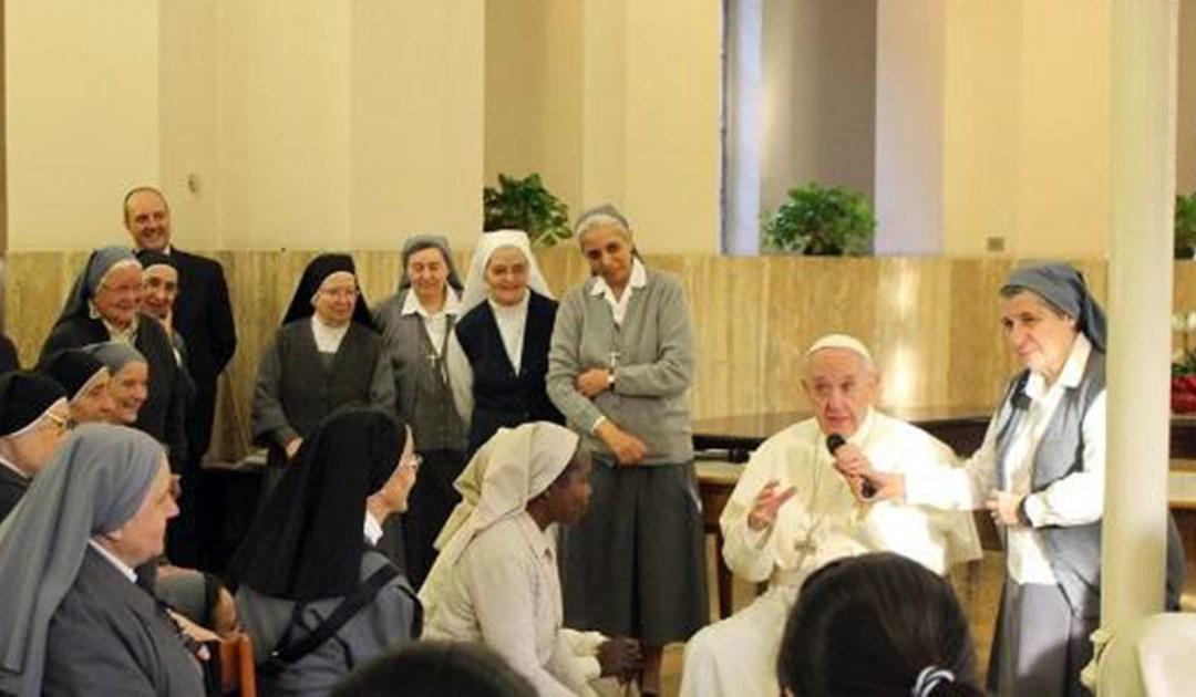 Esperaban a un sacerdote… y apareció el Papa