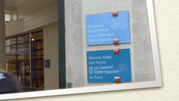 Haz un recorrido por la Capilla de Nuestra Señora de la Medalla Milagrosa en rue du Bac, París
