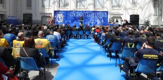 Hijas-Caridad-premiadas-por-Cuerpo-Bomberos-Madrid-5