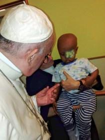 visita papa regina mundi 5