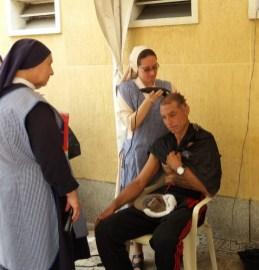 trabajo-con-habitantes-de-calle-en-cali-hijas-de-la-caridad-8