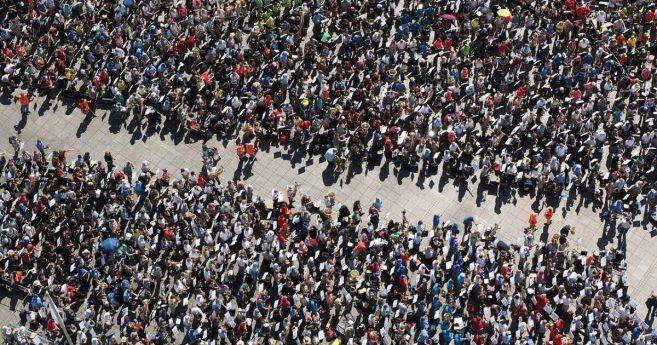 Cambio sistémico en una época de disturbios nacionales y mundiales