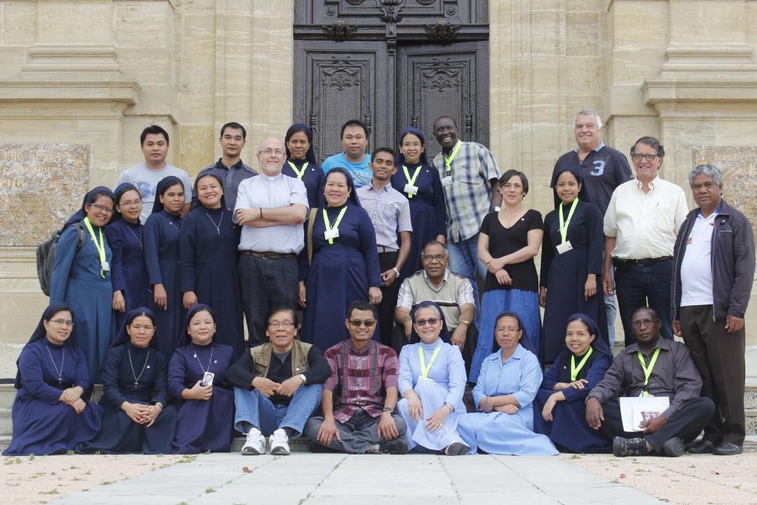 Sœurs et Frères CMM en pèlerinage aux sources