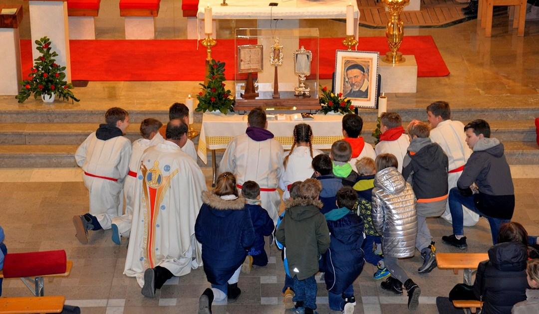 Le pèlerinage des reliques de Saint Vincent en Slovénie, Macédoine du Nord, Serbie et Croatie
