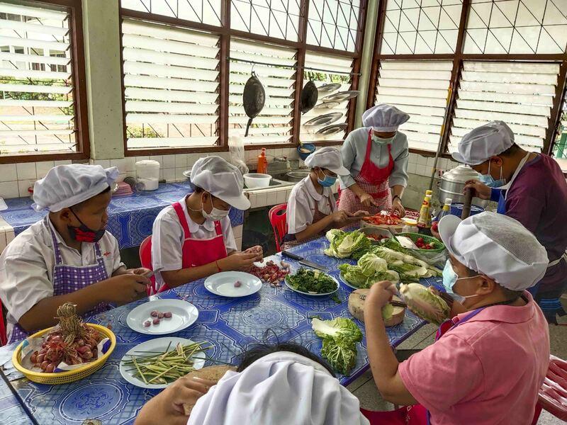 Cuisine joyeuse en Thaïlande