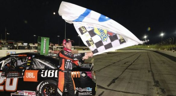Chandler Smith wins for Venturini Motorsports in the ARCA Menards Series Calypso Lemonade 200 at Lucas Oil Raceway on Friday night.