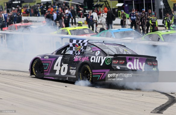 Alex Bowman's late surge earns him a victory at Dover International Speedway in the NASCAR Cup Series Drydene 400 on Sunday afternoon.