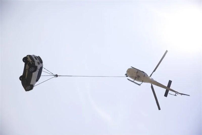 "Jeep startet originelle ""Release The Renegade""-Kampagne mit hohem Abenteuer-Potenzial"