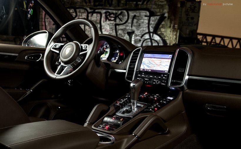 2015 Porsche Cayenne S E-Hybrid | Fanaticar Magazin