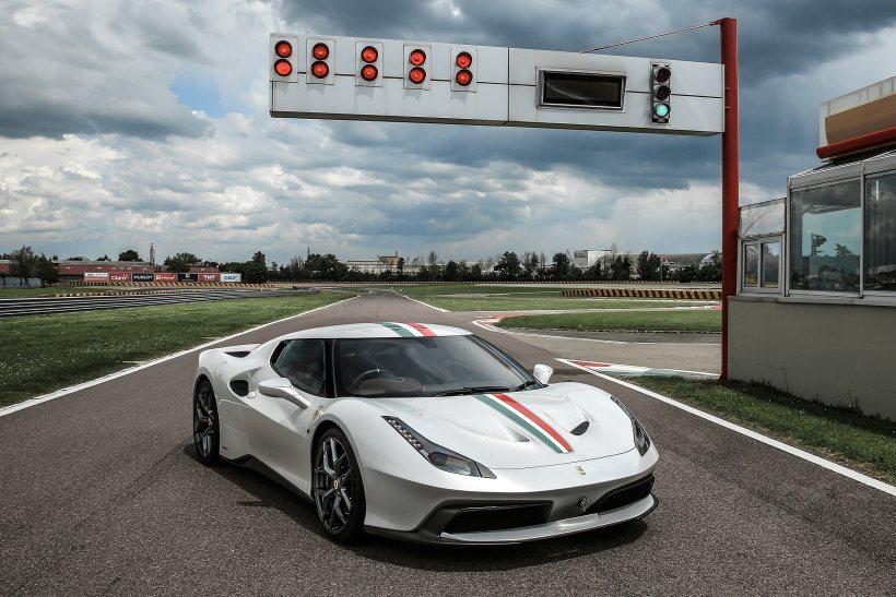 2016 Ferrari 458 MM Speciale | Fanaticar Magazin
