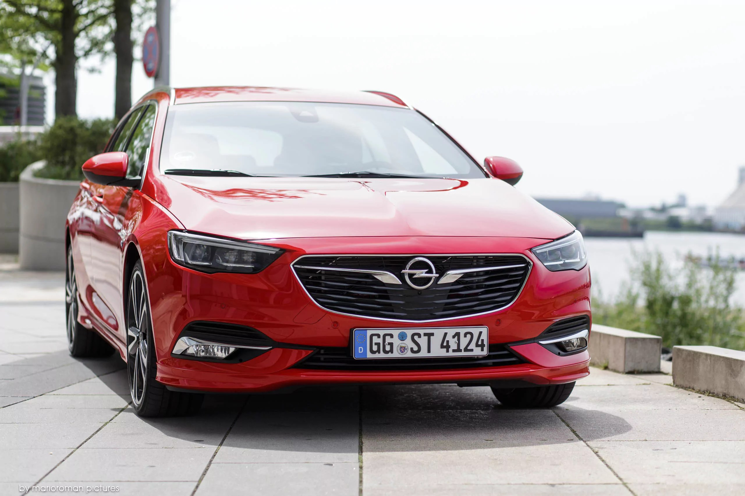 opel insignia sports tourer 2017 autotest stylischer. Black Bedroom Furniture Sets. Home Design Ideas
