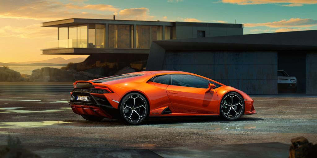 Lamborghini Huracan Evo (2019) - Fanaticar