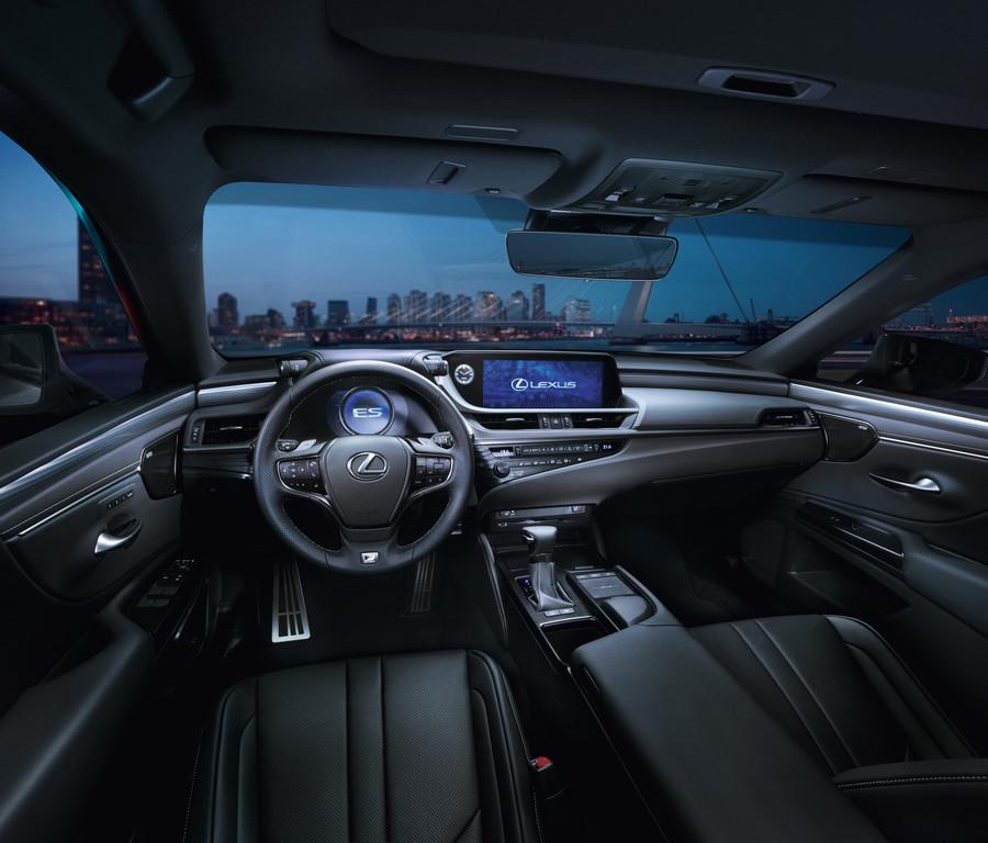 2019 Lexus ES - Fanaticar Magazin