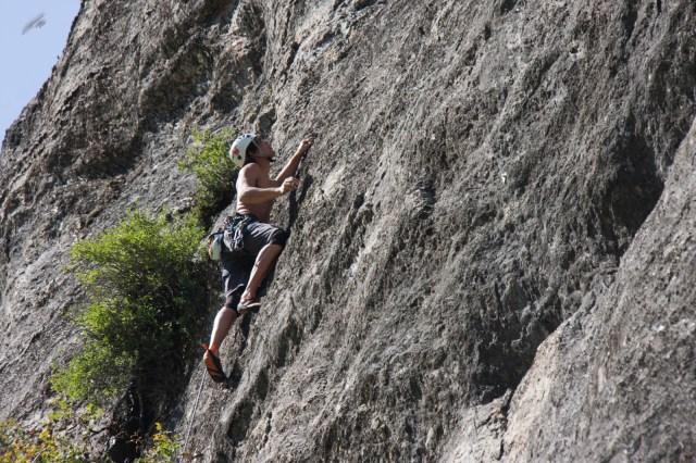 Dani Calvo, escalada falaise de moustarde