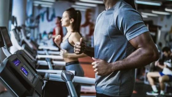 Quanto tempo de academia para ver resultado fazendo exercícios de cardio?
