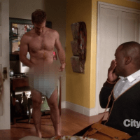 "James Van Der Beek as James Van Der Beek shirtless/naked in Don't Trust the Bitch in Apartment 23 2x03 ""Sexy People..."""
