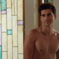 "Ryan Rottman as Jordon Lyle shirtless in The Lying Game 2×05 ""Much Ado About Everything"""