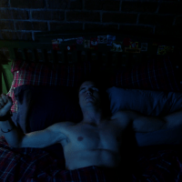 "Robbie Amell as Stephen Jameson shirtless in The Tomorrow People 1x01 ""Pilot"""