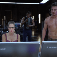 "Stephen Amell as Oliver Queen/Arrow shirtless in Arrow 2x03 ""Broken Dolls"""