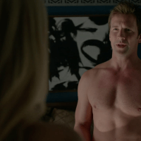 "Paul Greene as Philip McAdams shirtless in Bitten 1x01 ""Summons"""