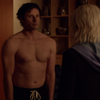 "Bradley James as Lowell Tracy shirtless in iZombie 1x08 ""Dead Air"""