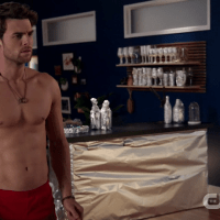"Nathaniel Buzolic as Jimothy ""Jimmy"" Barnes shirtless in Significant Mother 1×09 ""Not About Bob"""