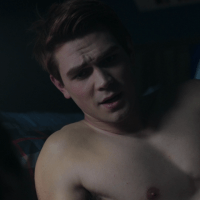 "KJ Apa as Archie Andrews shirtless in Riverdale 1×11 ""Chapter Eleven: To Riverdale and Back Again"""