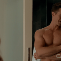 "Jason Dohring as Chase Graves shirtless in iZombie 3x12 ""Looking for Mr. Goodbrain, Part 1"""