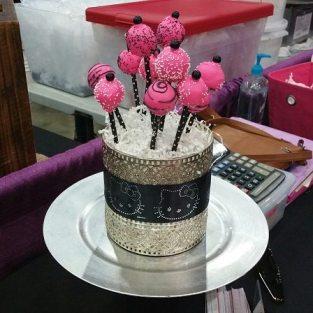 Paige's Cake Pops. www.paigescakepops.com