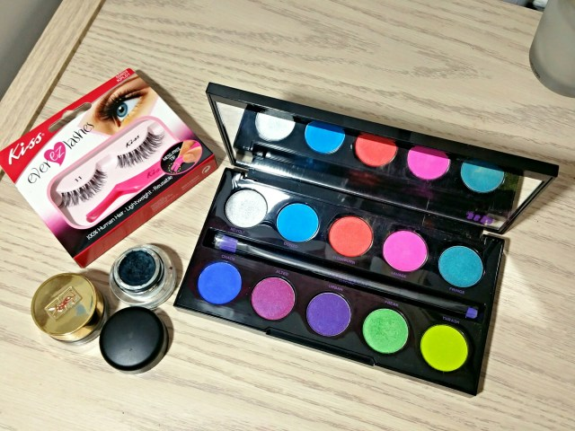 Urban Decay Electric Palette, MAC Black Ivy Fluidline, Kiss 11 Ever EZ Lashes, YSL Effet Faux Clis Longwear Cream Eyeliner