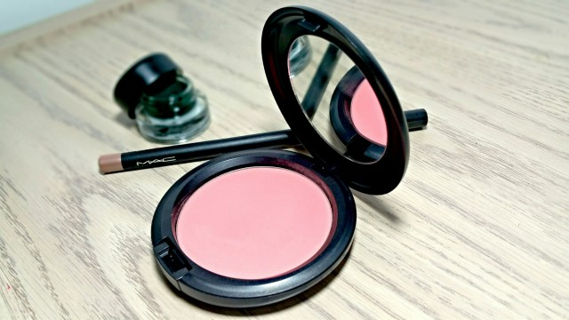 MAC Alpha Girl Beauty Powder from the MAC is Beauty Collection