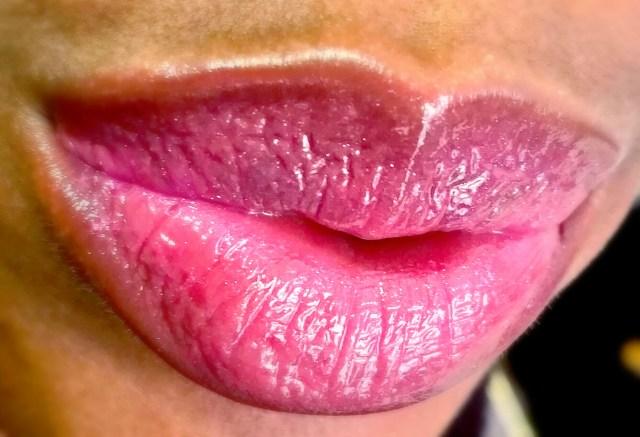 Yves Saint Laurent 49 Terriblement Fuchsia Gloss Volupte