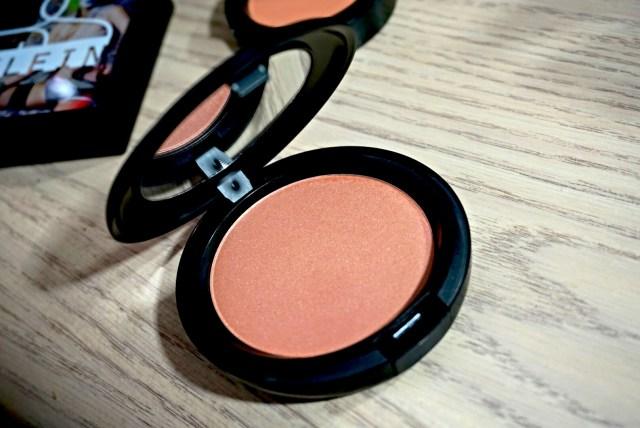 MAC Faerie Whispers Pearl Sunshine Beauty Powder