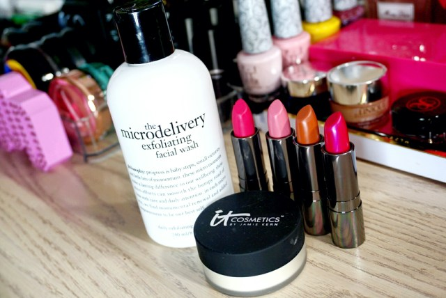 Philosophy Microdelivery Exfoliating Facial Wash, It Cosmetics Bye Bye Pores Silk HD Anti-Aging Micro-Powder, Ulta Beauty 252 Pink Diamond Matte, 249 Sweet Caramel Matte, 239 Coming Up Roses, 236 Fuchsia Fever Lipstick