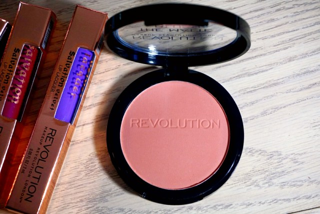 The Matte Blush Powder in Nude