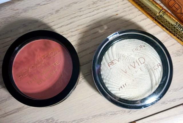 Makeup Revolution Nude Matte Blush, Golden Lights Vivid Baked Highlighter