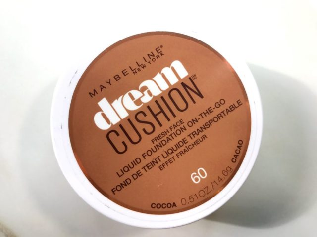 4 Foundations for Dry Skin: Maybelline Dream Cushion Fresh Face Liquid Foundation On the Go Review