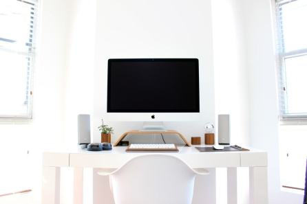 Minimal-Desk-Workspace