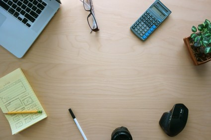 Minimal-Workspace-Hero-Header-min