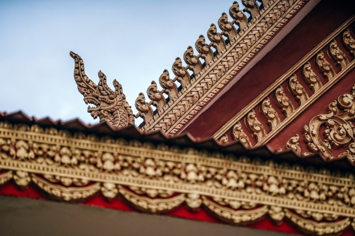 Beautiful-Red-and-Gold-Cambodian-Temple-Rooftop
