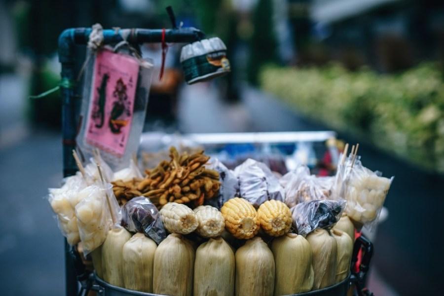 Corn-for-Sale-on-a-Bangkok-Street
