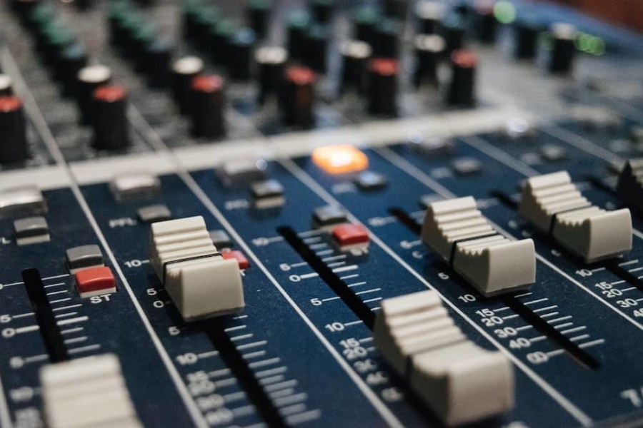Sounds-production-and-mastering-min