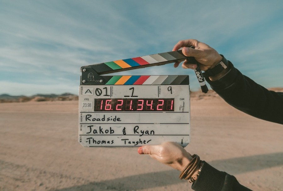Video-production-team-in-the-desert