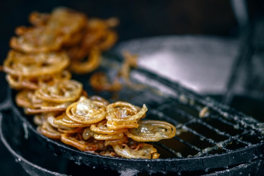 Indian-Sweet-Jalebi-Drying-on-a-Rack