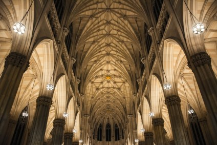 Interior-of-the-St.-Patrick's-Cathedral-in-New-York