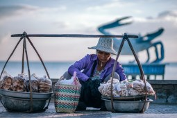Old-Lady-Selling-Snacks-in-Kep-Cambodia