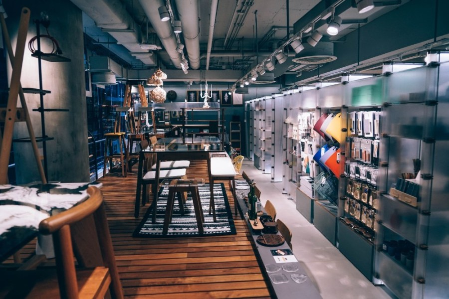 Beautiful-Store-Interior-inside-a-Shopping-Mall-in-Bangkok