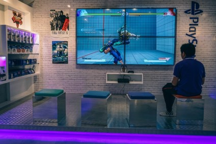 PlayStation-Store-inside-the-Siam-Discovery-Mall-in-Bangkok