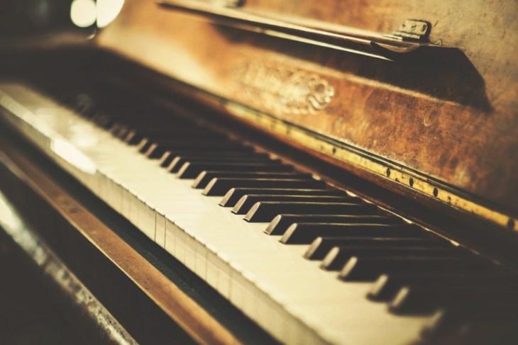 Vintage-Piano